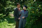 Арми Хаммер и Лили Джеймс на свежем кадре новой экранизации «Ребекки»